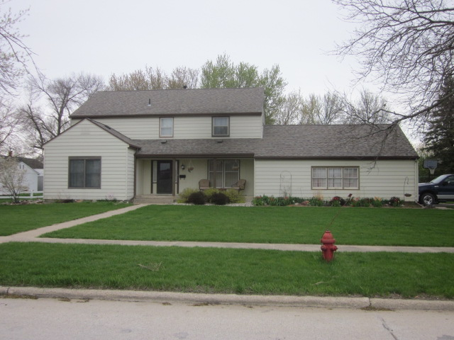 223 E. Section Line Rd. IA $136,900